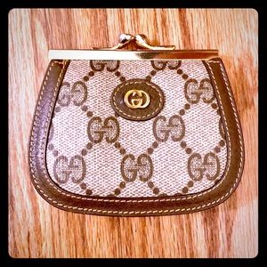 Vintage GG Monogram Kiss Lock Double Coin Purse